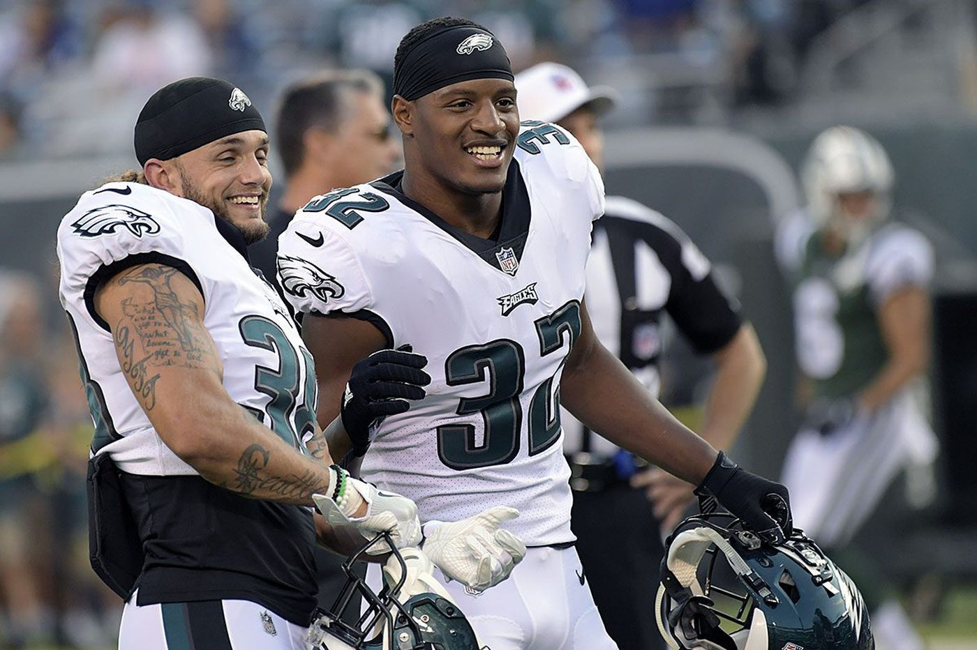Eagles' Grymes searched for inside fit, but came up short