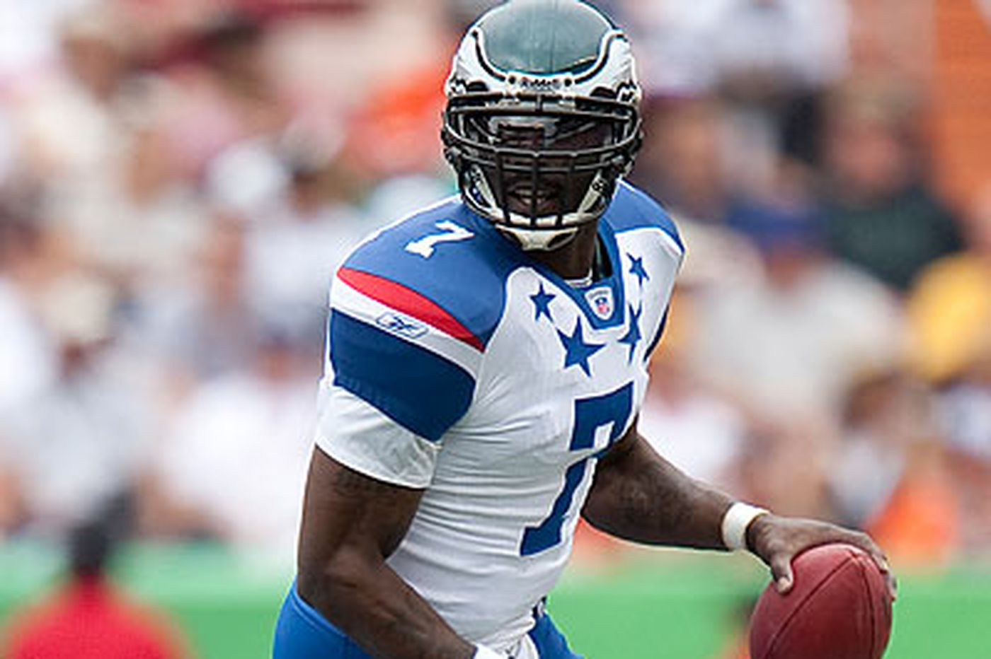 Vick's skills, personality make him popular within NFL fraternity