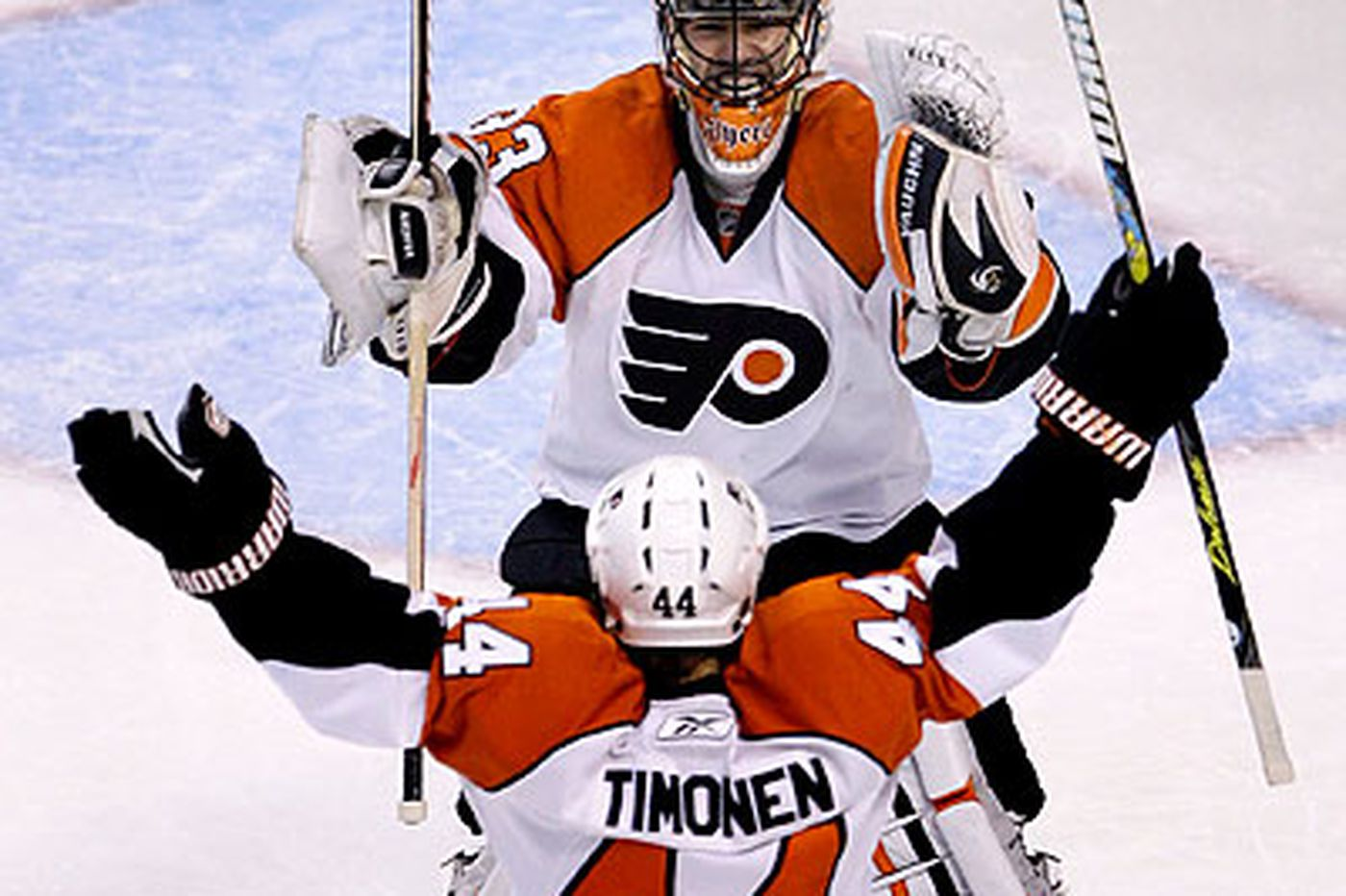 Flyers rally behind Timonen for win over Bruins