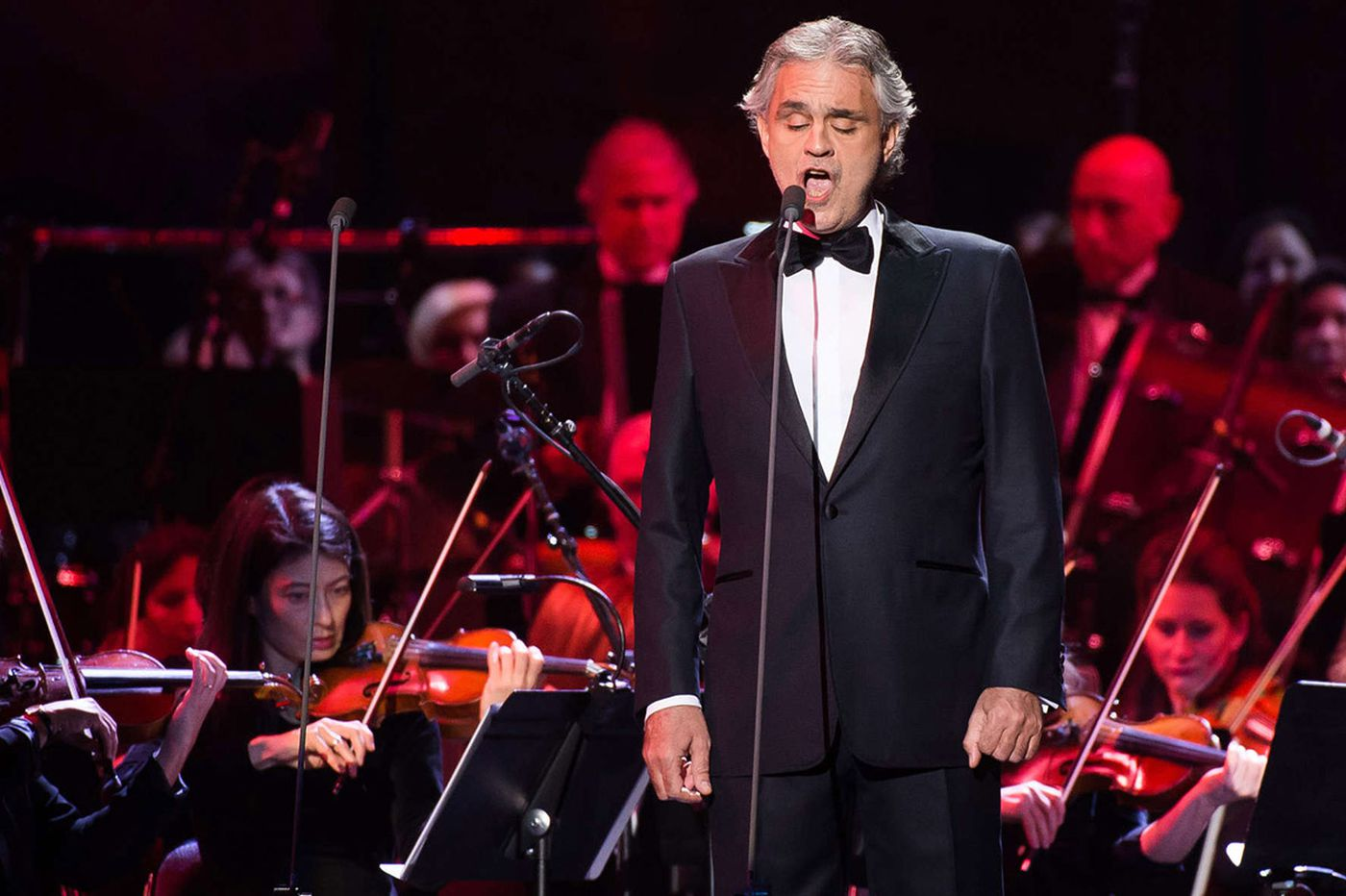 Review: Bocelli's tenor soars in many genres