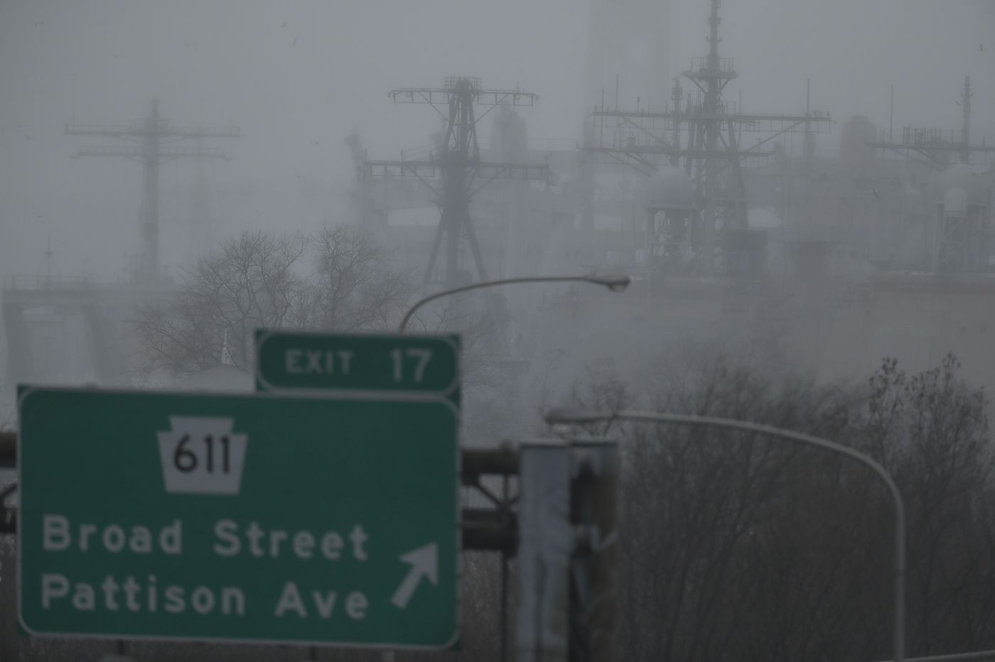 Freezing fog expected early Friday, could make roads slippery in Philly region. Snow threat next week?