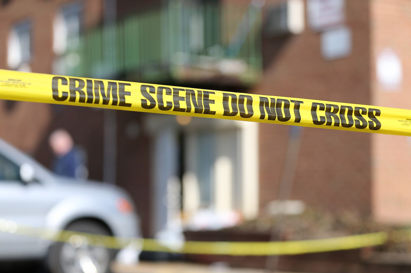 U.S. Marshals shoot man armed with machete in Northeast Philly