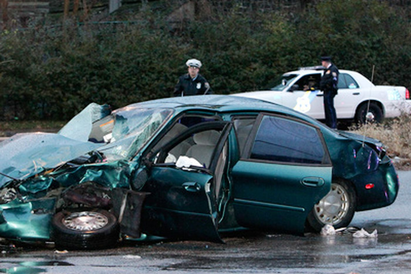 Three undercover police officers injured in car accident in Logan