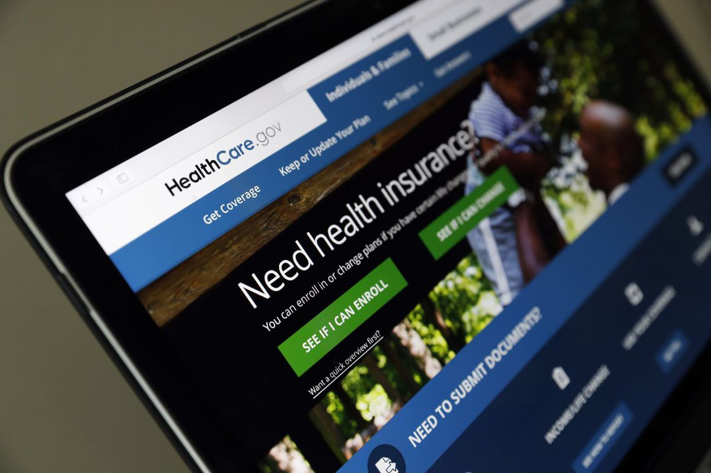 In Obamacare Marketplace, auto-enrollment could be unpleasant surprise if you don't act now