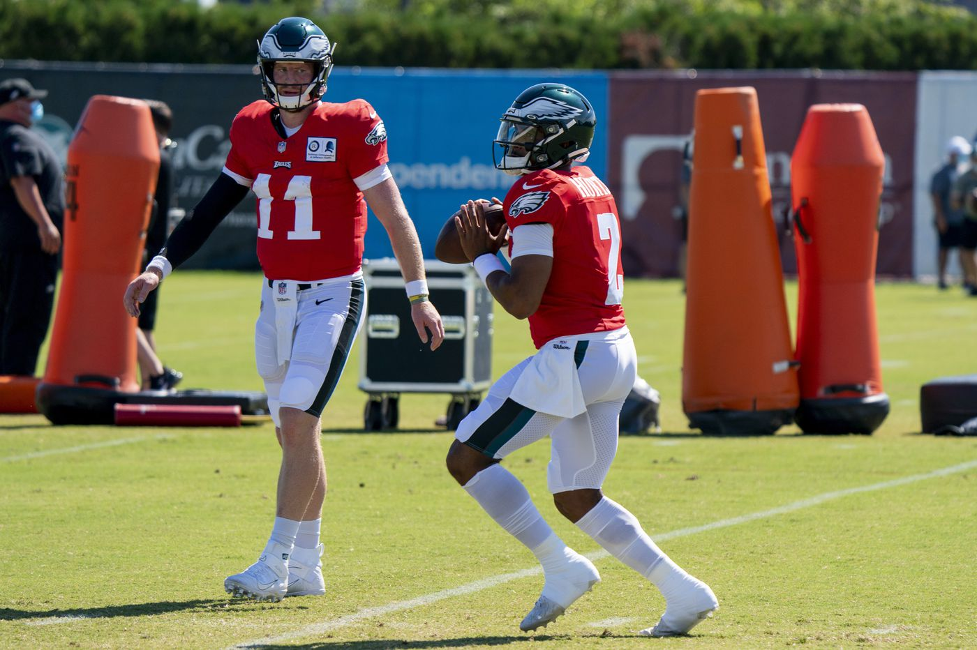 With Jalen Hurts lurking, Eagles' Carson Wentz shows he's no Jared Goff, or even Dak Prescott | Marcus Hayes