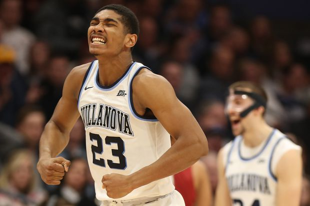 Villanova holds off late St. Joseph's surge, beat Hawks with strong bench scoring