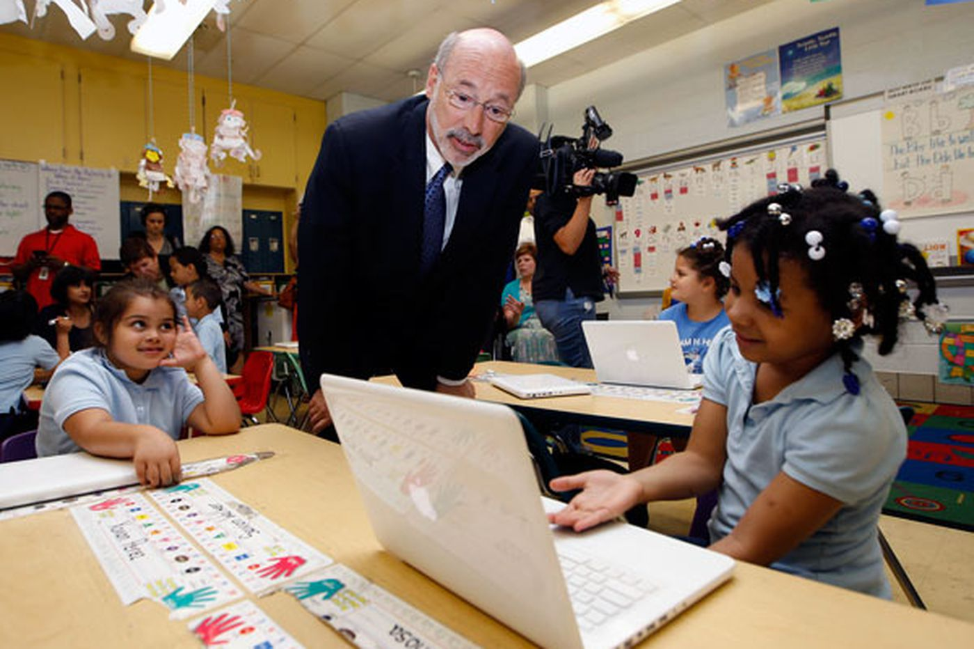 In North Philly, Wolf frames school funding as a statewide issue