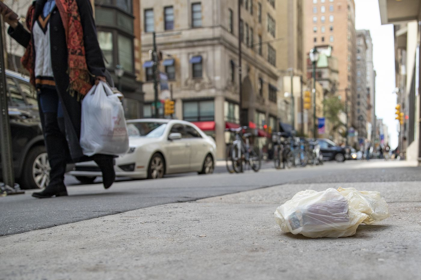Philly's plastic bag ban is in jeopardy after Pa. Republicans amended a budget bill in a bid to halt it