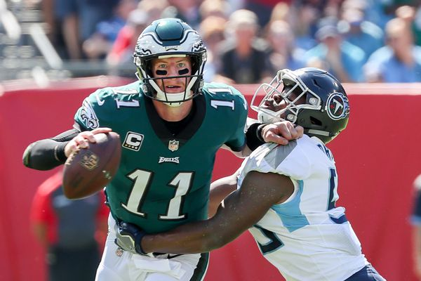 Carson Wentz looks sharper but the Eagles manage to lose to Titans anyway