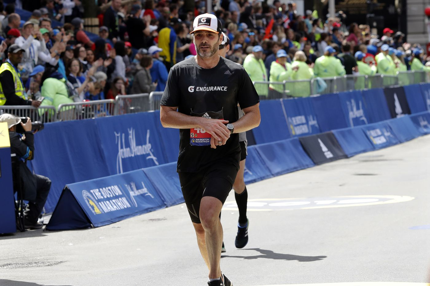 Jimmie Johnson prepares for marathon NASCAR season by running