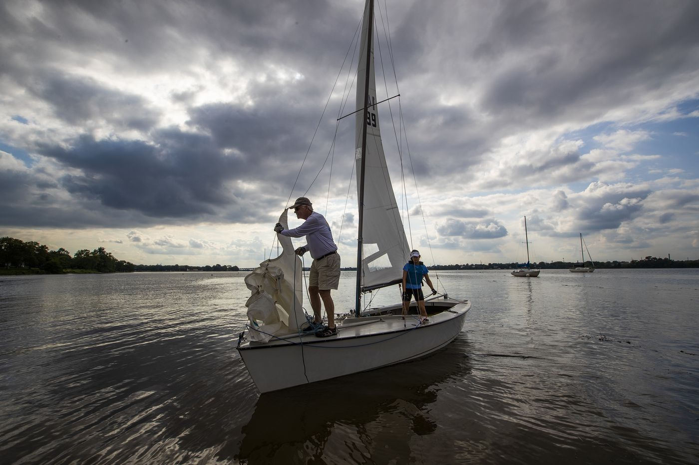 COVID-19 makes boat sales soar as families seek social distancing on the water