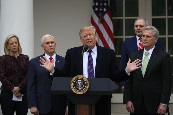 Federal agencies directed to hold off on shutdown raises