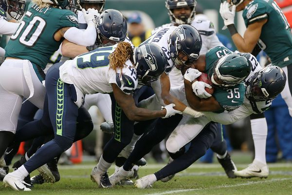 Grading the Eagles after their Week 12 loss to Seattle | Paul Domowitch