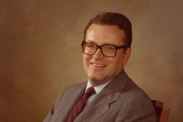James J. Prendergast, 86, municipal bond lawyer and supporter of Catholic causes