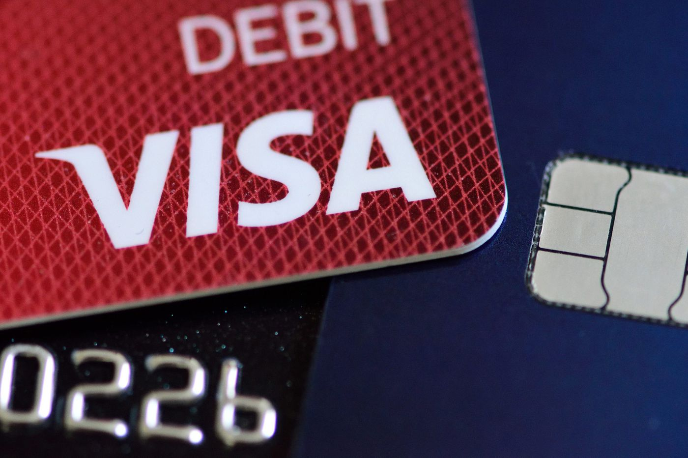 Why merchants still require signatures for credit card buys when it's not needed