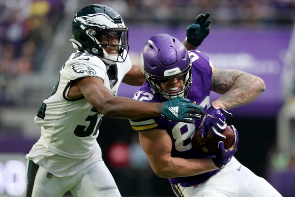 Eagles podcast: With Dallas Cowboys showdown looming, problems at cornerback, linebacker, wide receiver