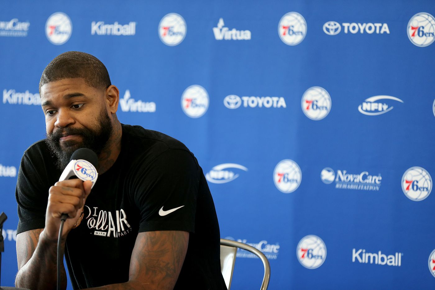 Sixers' Amir Johnson hasn't been afraid to defend himself on Twitter this season
