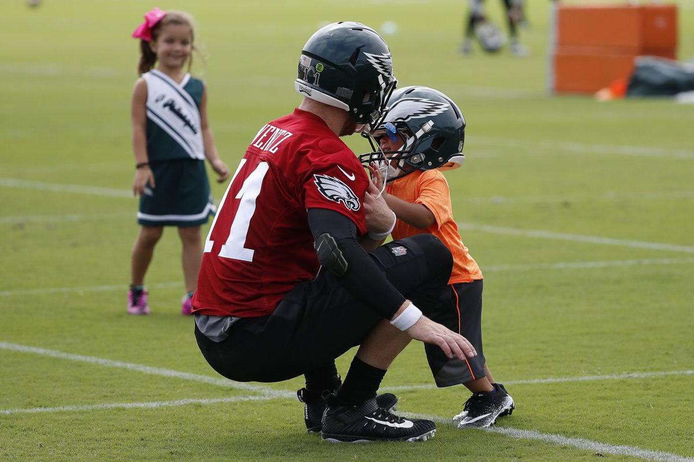 Eagles Practice Observations: The Wentz accuracy train; C.J. Smith moving up; Elijah Qualls down