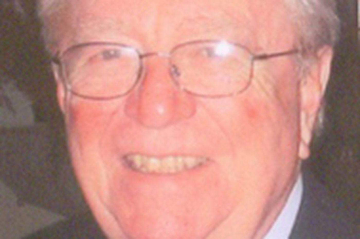 Martin L. Zapf, 82, WWII flier and POW