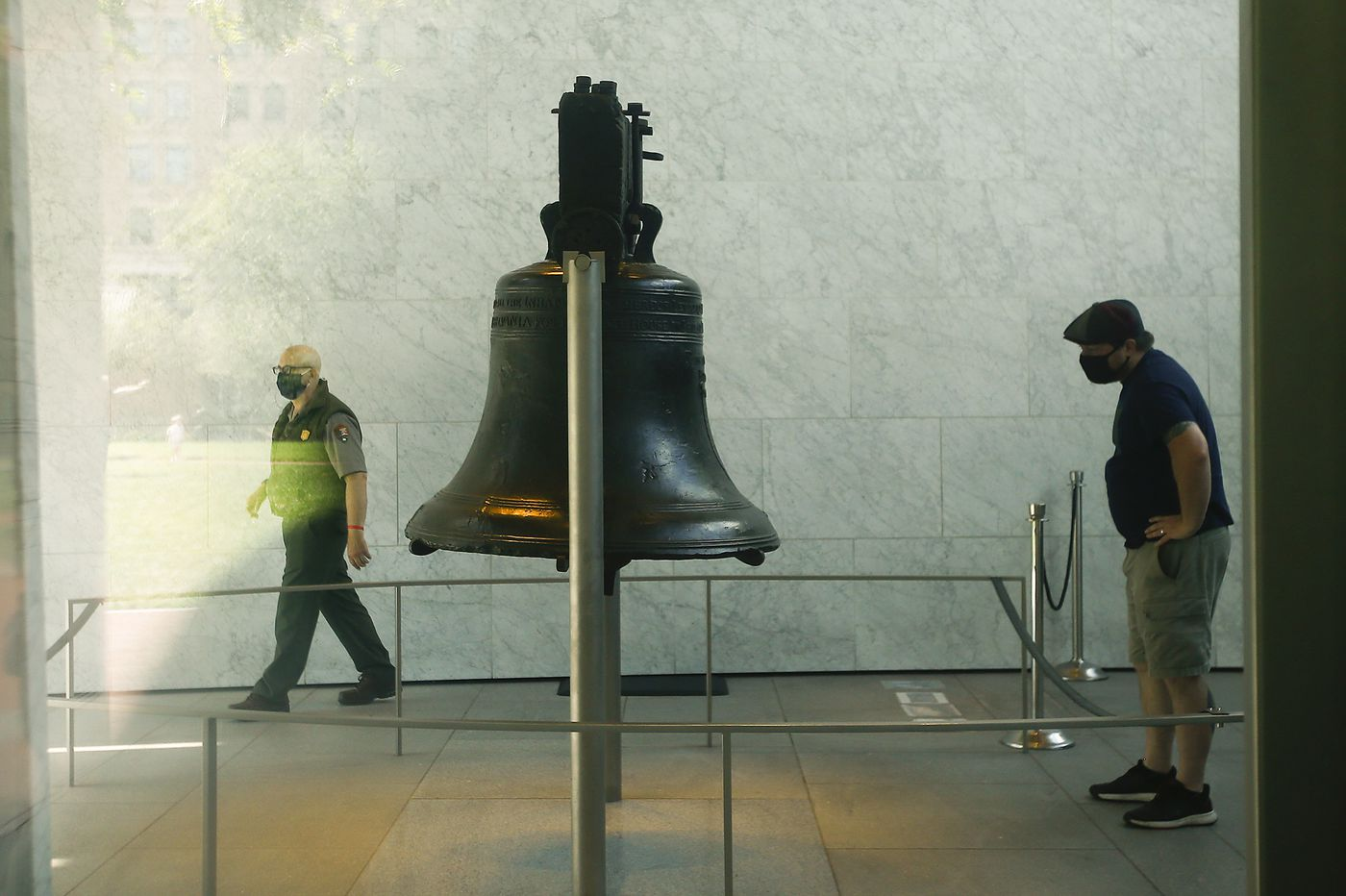 Are masks required at the Liberty Bell? 'It's a gray area.'