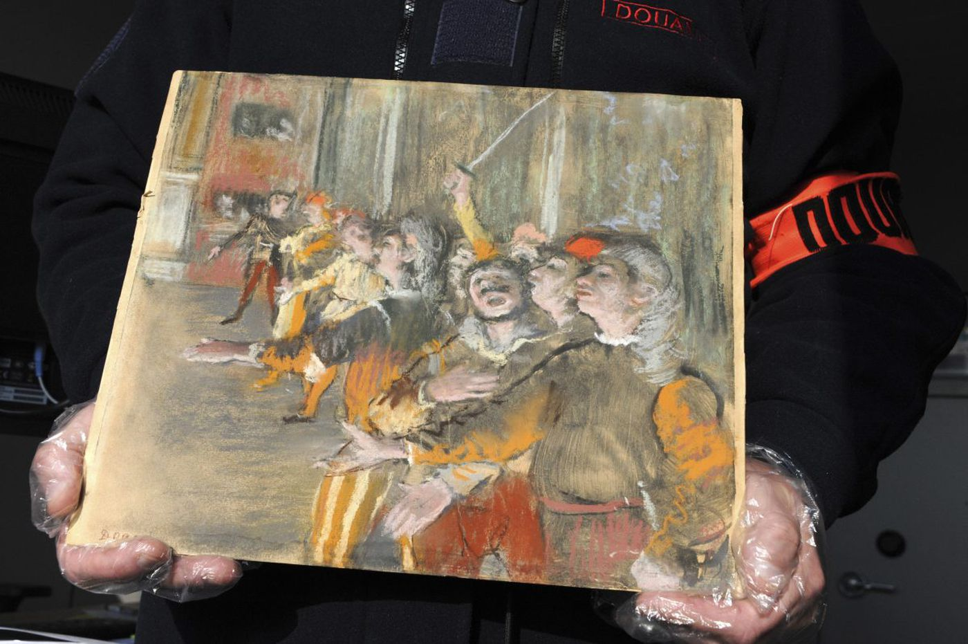 French customs stumbled upon a stolen $1 million painting in an unlikely place
