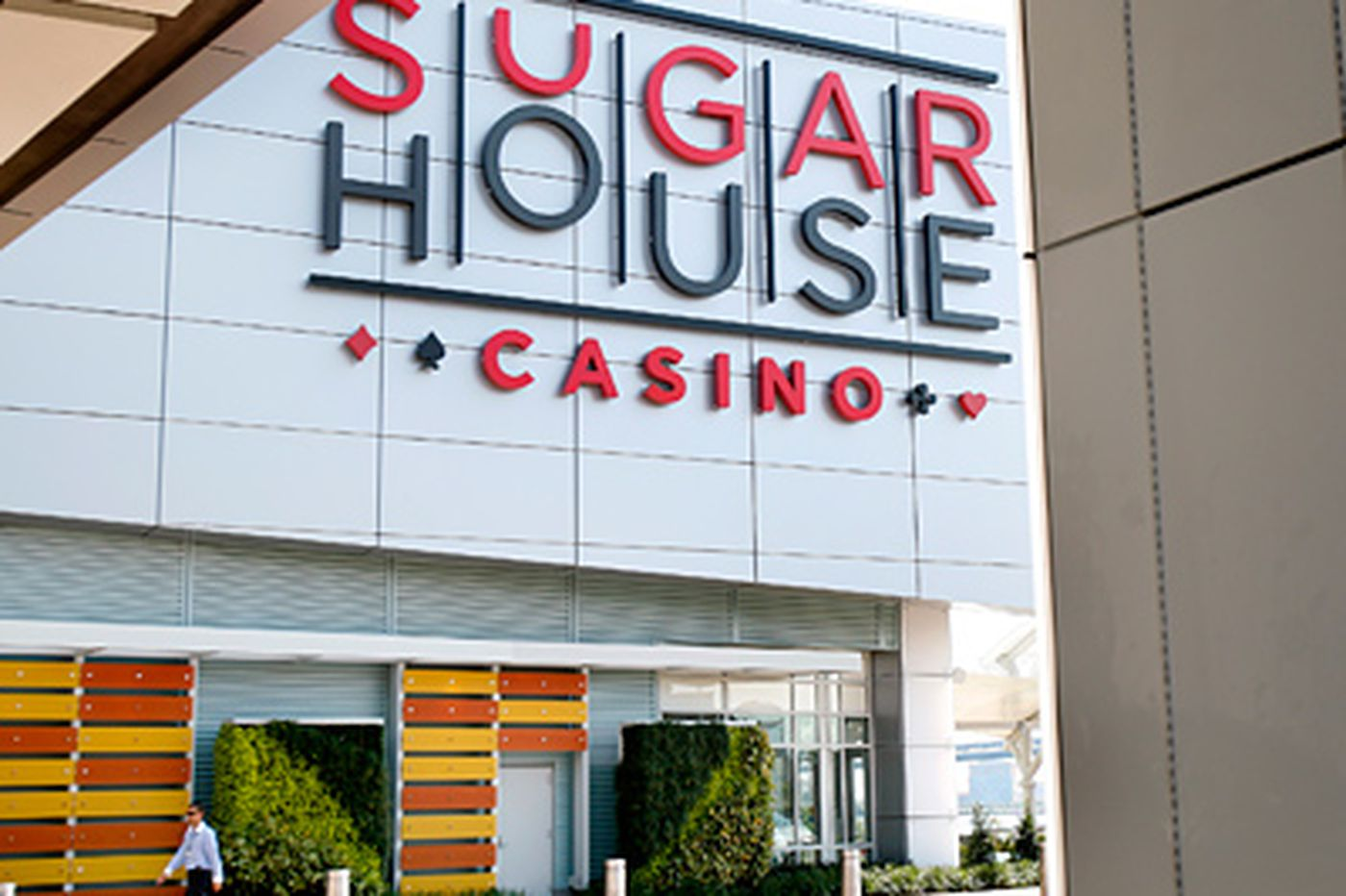 Architect for SugarHouse outlines a planned expansion to city planning board