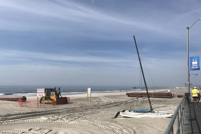 Equipment from Weeks Marine has arrived on the beach at the line between Ventnor and Margate.