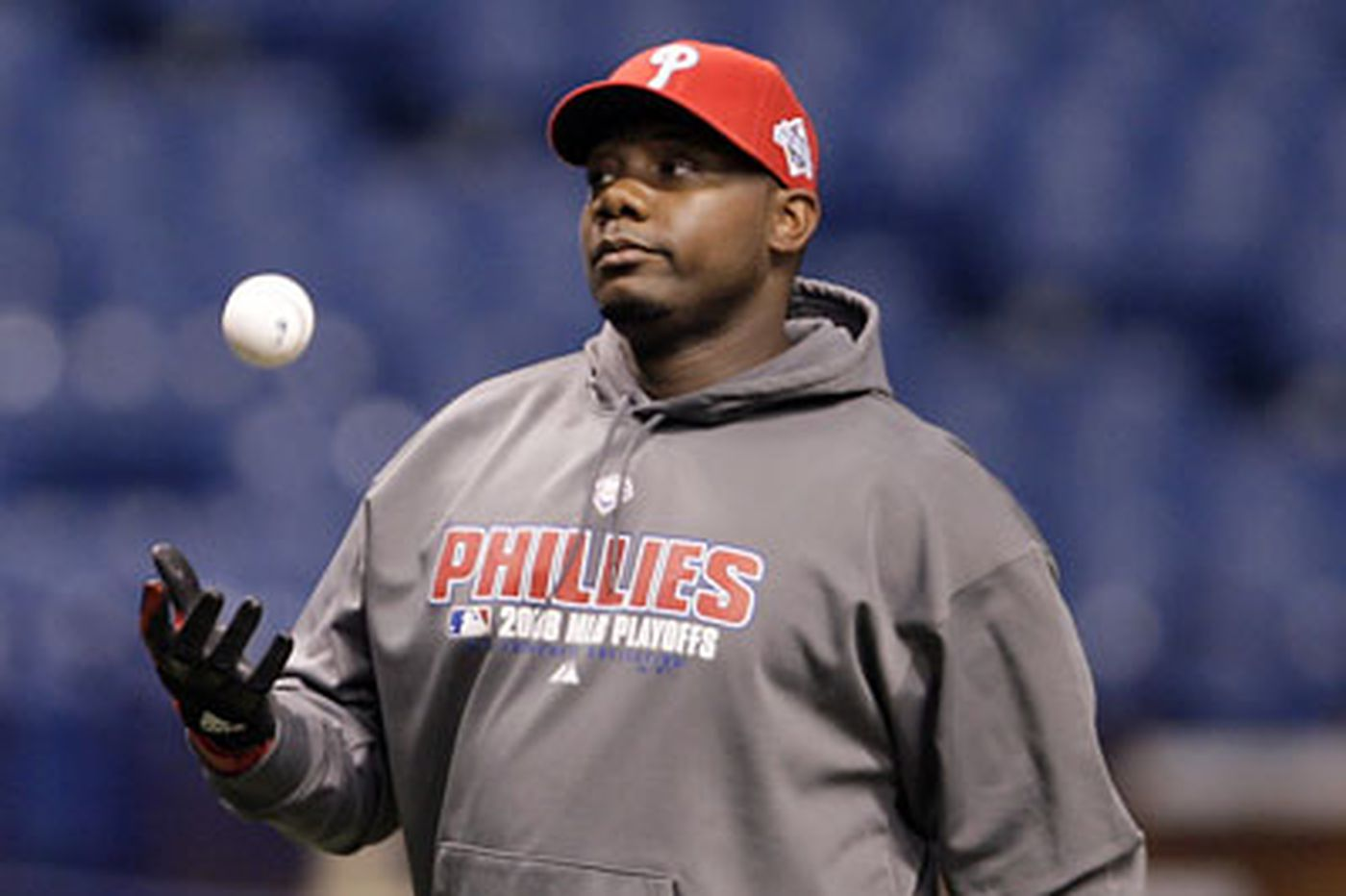 Phils meet with Howard's agent