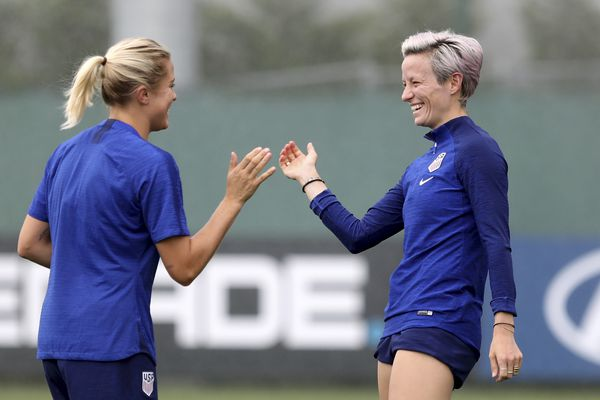 Favored USWNT set to face confident, relaxed England in World Cup semifinal