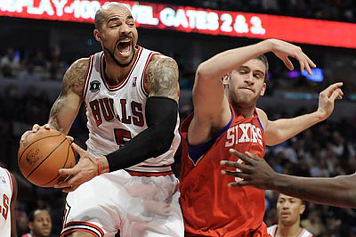 No holiday cheer for Sixers in bruising loss to Bulls