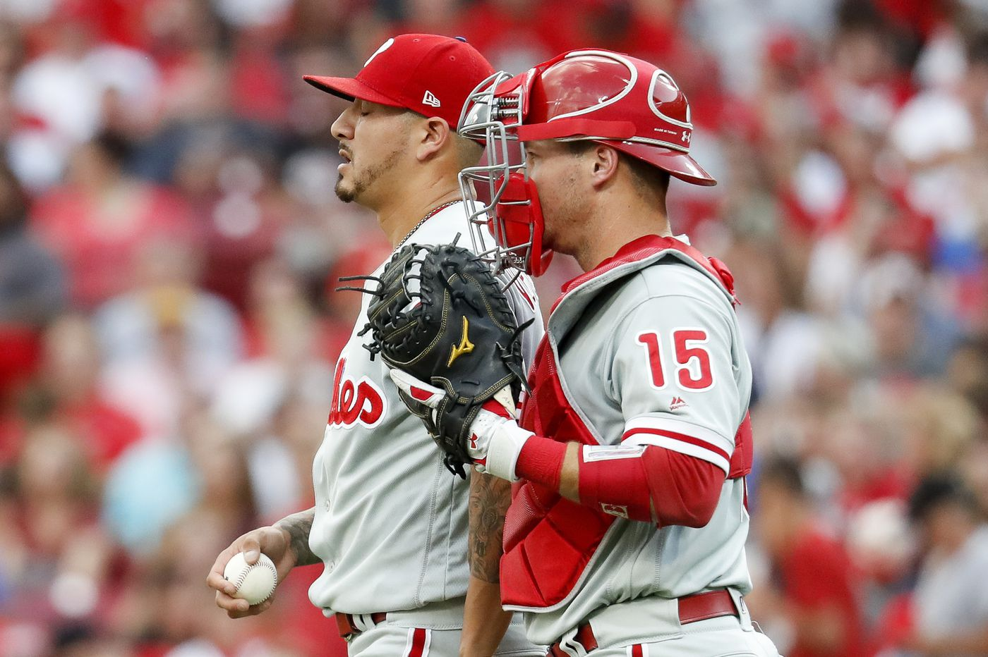Phillies lose to Reds in Asdrubal Cabrera's quiet debut