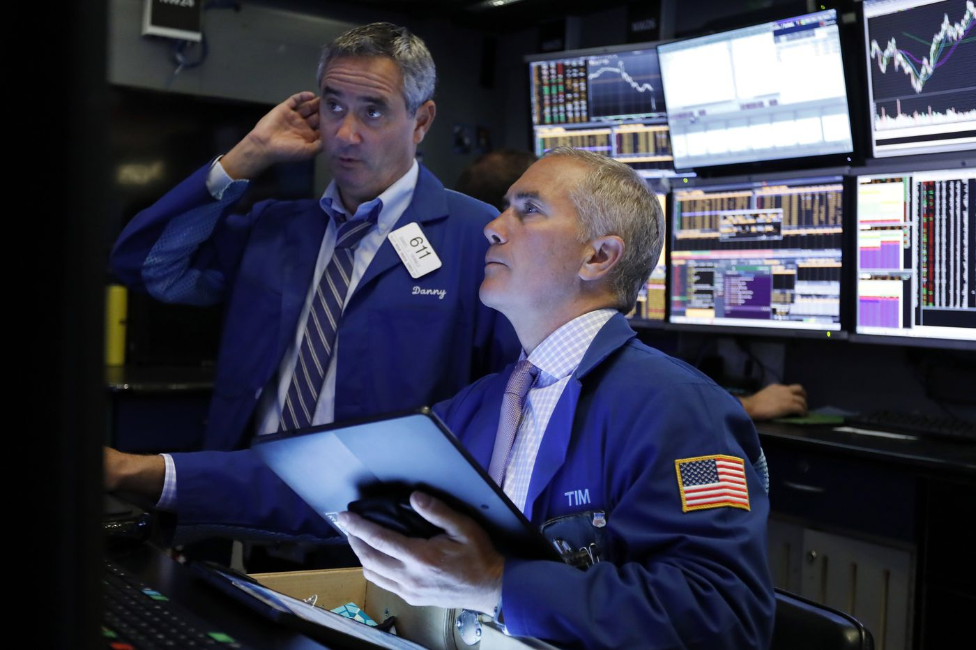 U.S. stocks jump amid optimism ahead of White House meeting with Chinese officials