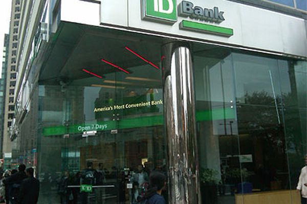 TD Bank says computer problems are clearing