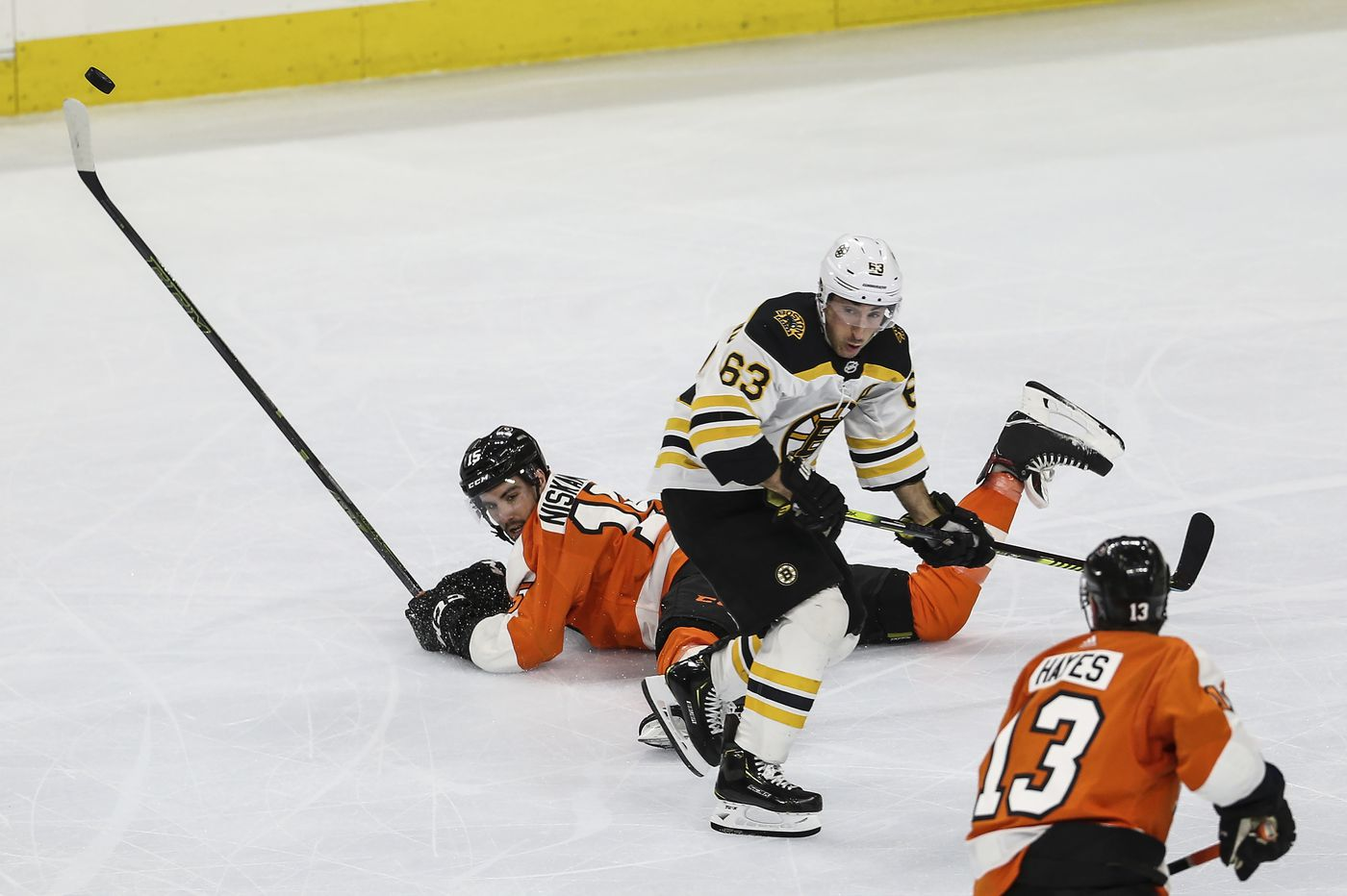 Flyers fans thumbed their noses at coronavirus and fear Tuesday night. Here's hoping they stay safe. | Mike Sielski