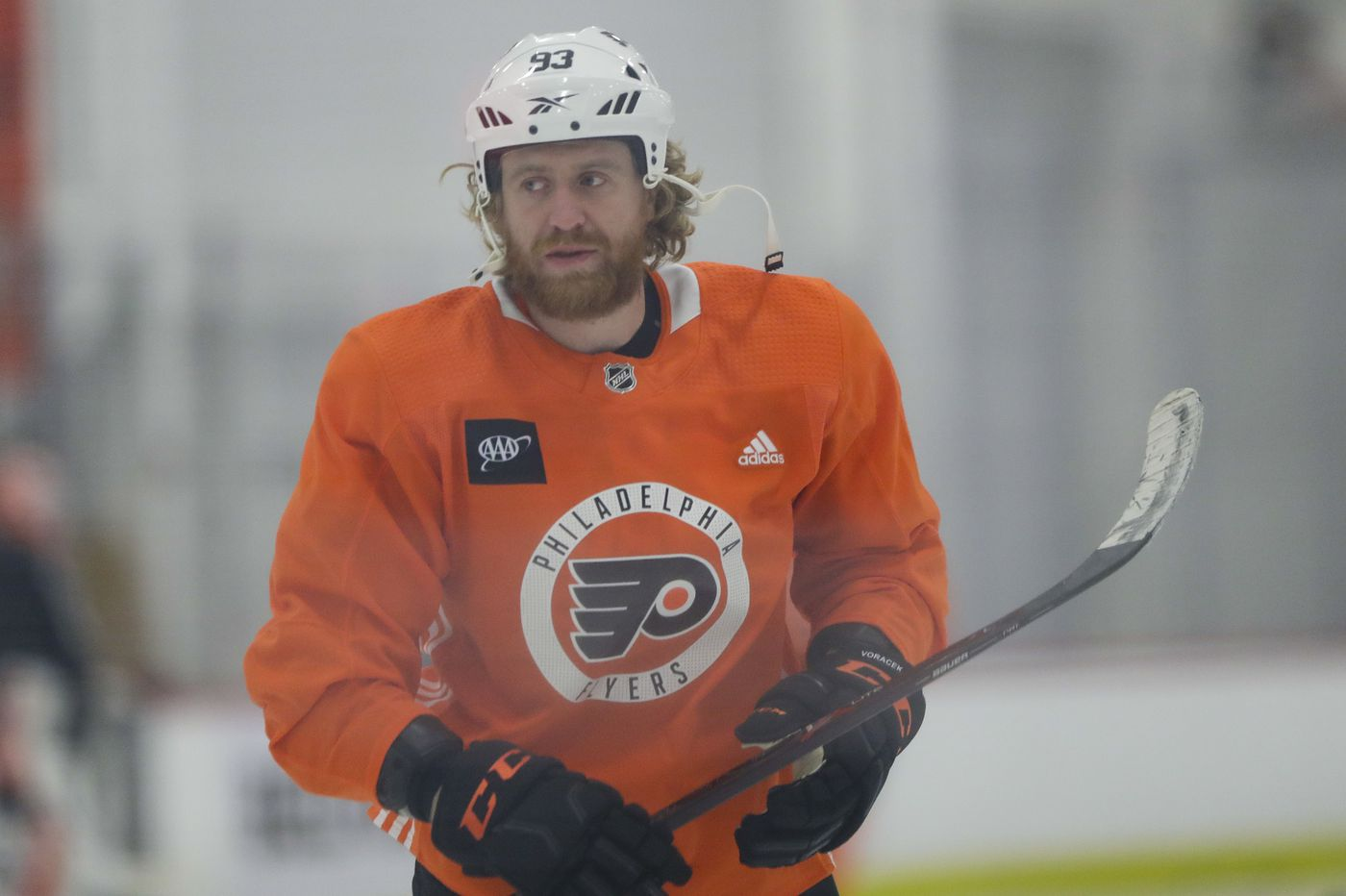 Flyers coach Alain Vigneault calls out Jake Voracek: 'He has to earn that ice time' | Marcus Hayes