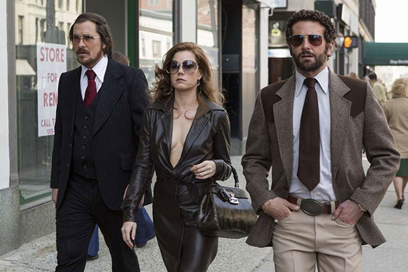 'American Hustle': Banging, scamming '70s are back