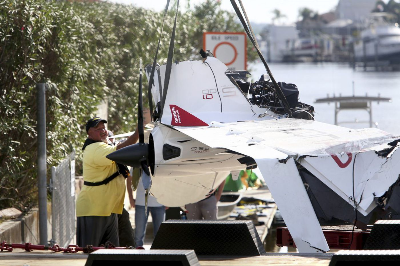 As investigators probe fatal Halladay crash, critics question plane's marketing