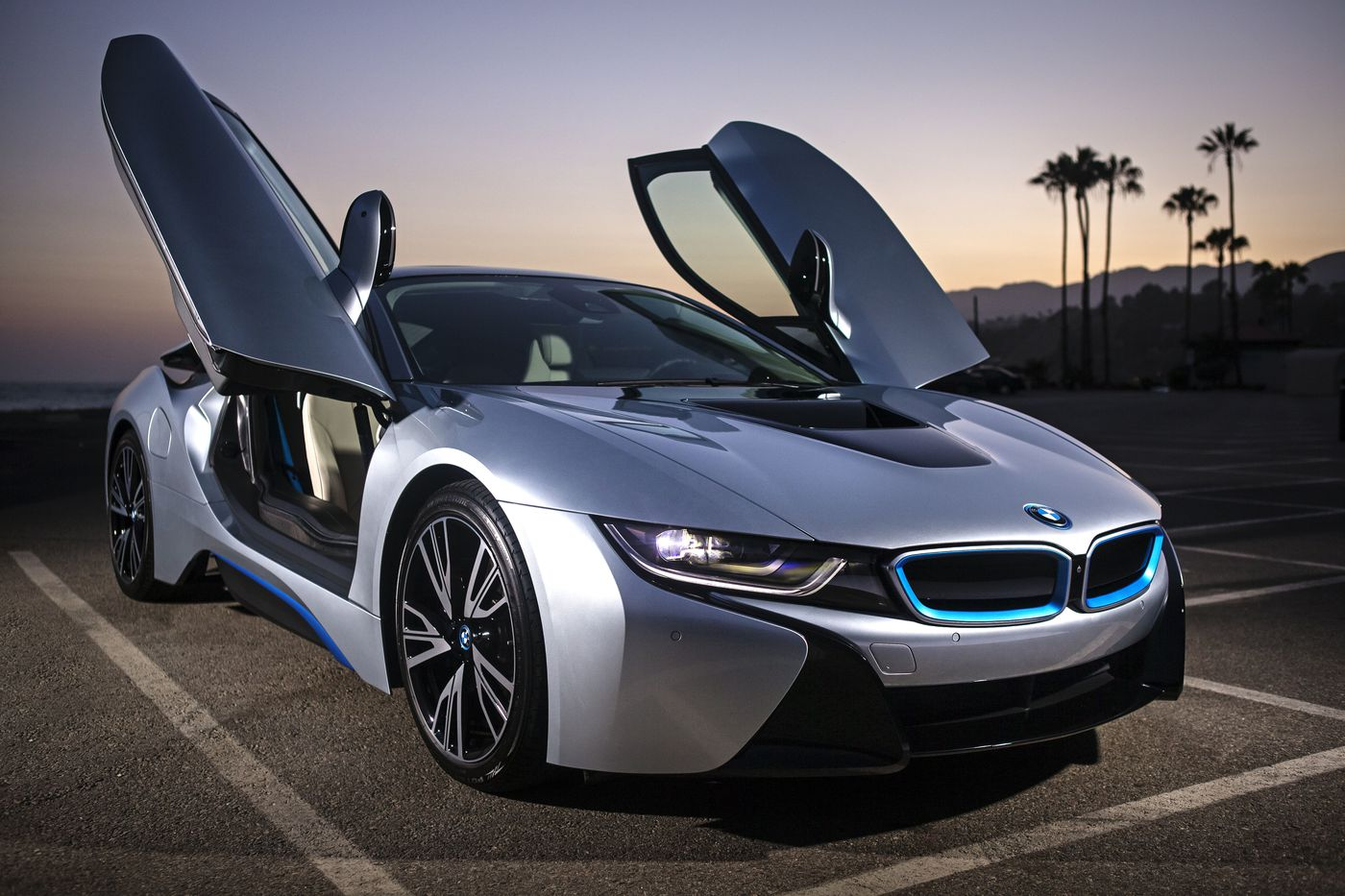 2017 Bmw I8 Is A Real Head Turner
