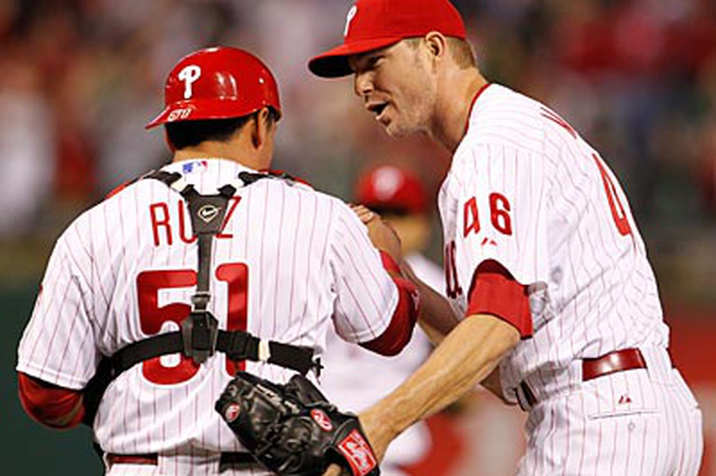 Halladay, long ball lift Phillies over Rangers