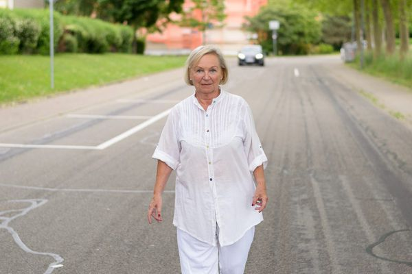 Wandering and dementia: What caregivers should know