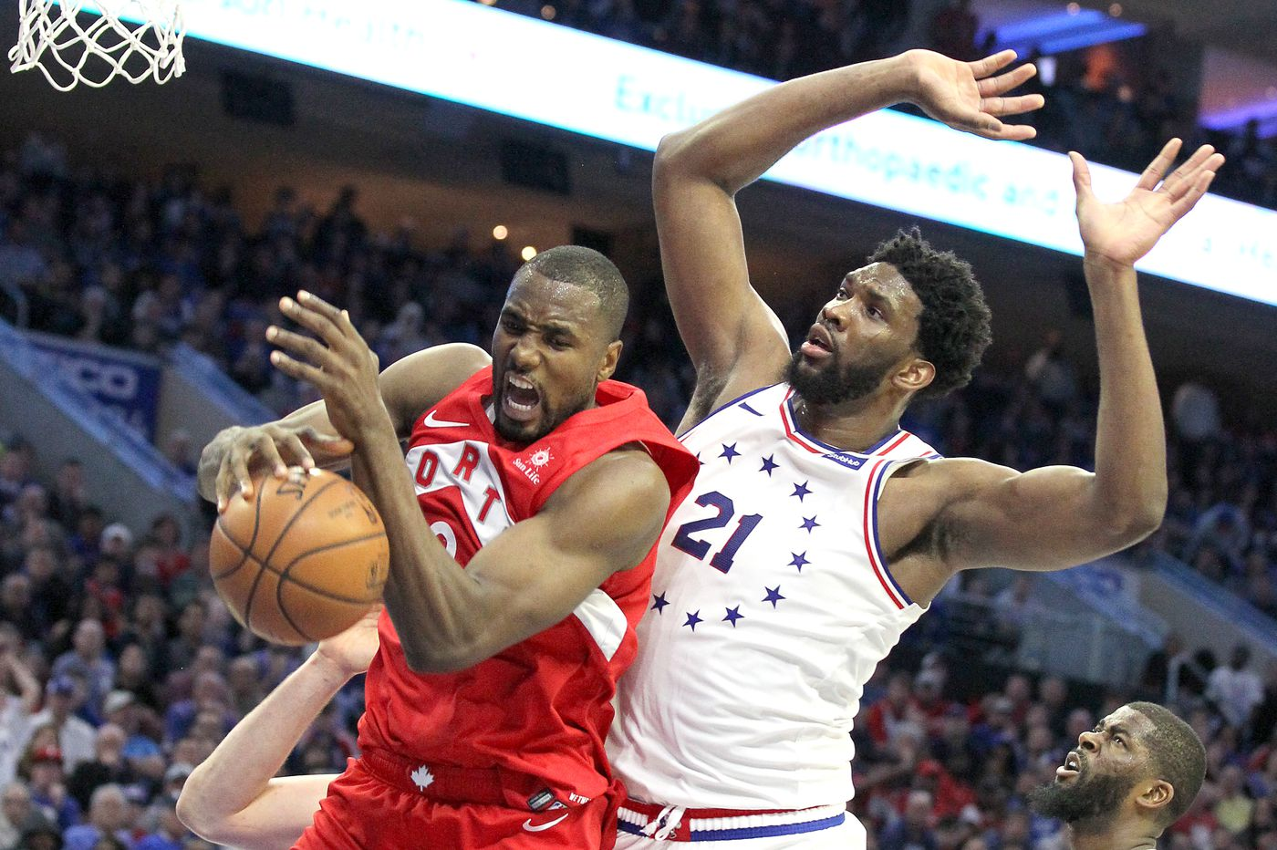 Raptors destroy Sixers with total team effort, take 3-2 series lead