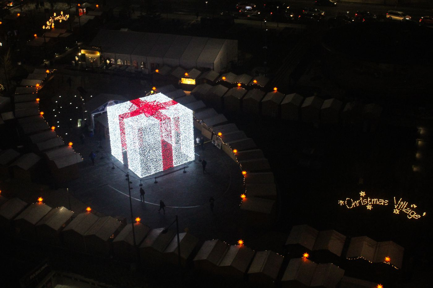 Giant light-up present to debut at Christmas Village this year