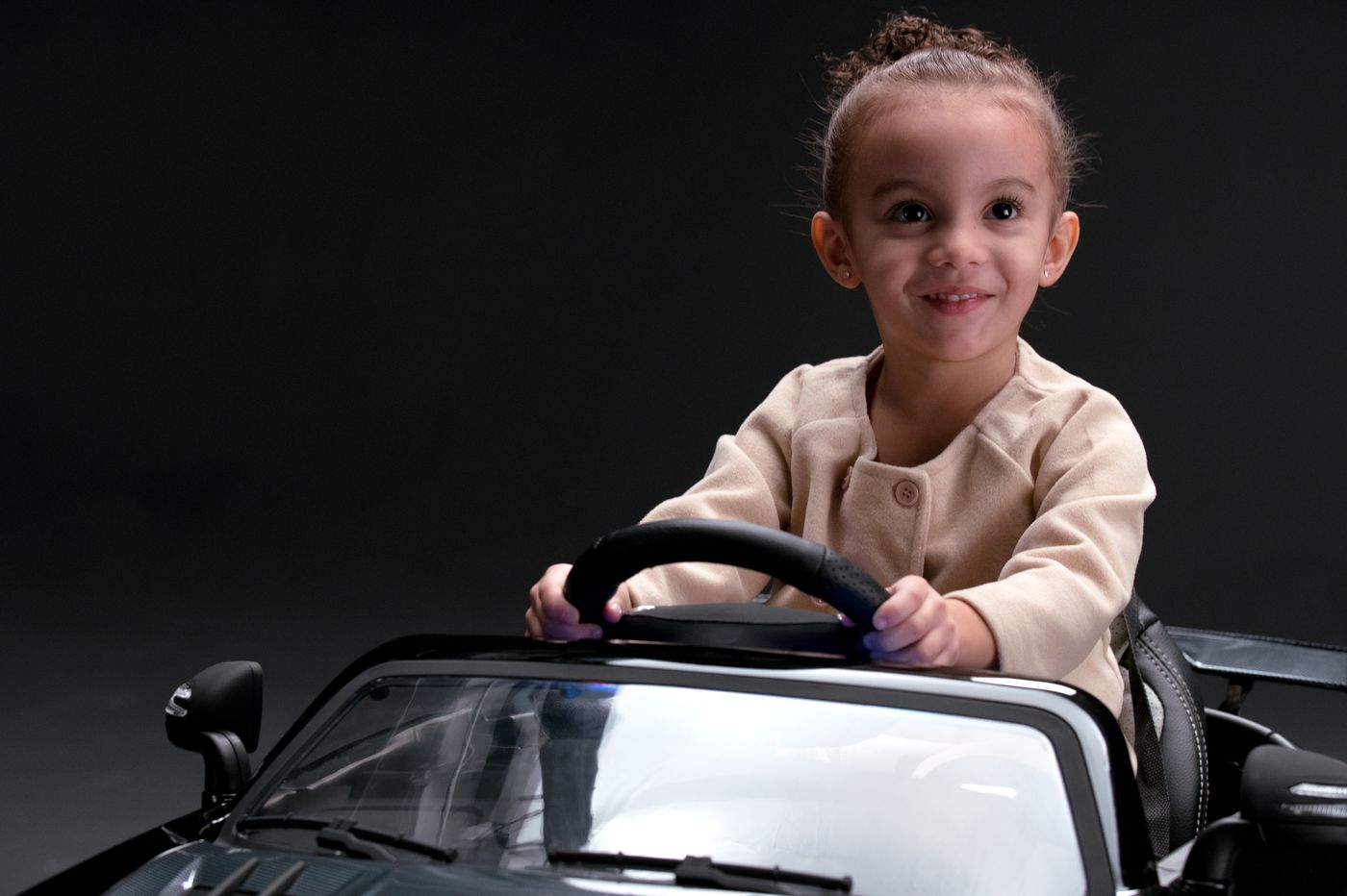 Mercedes-Benz USA will open a one day only pop up at the King of Prussia Mall for kids