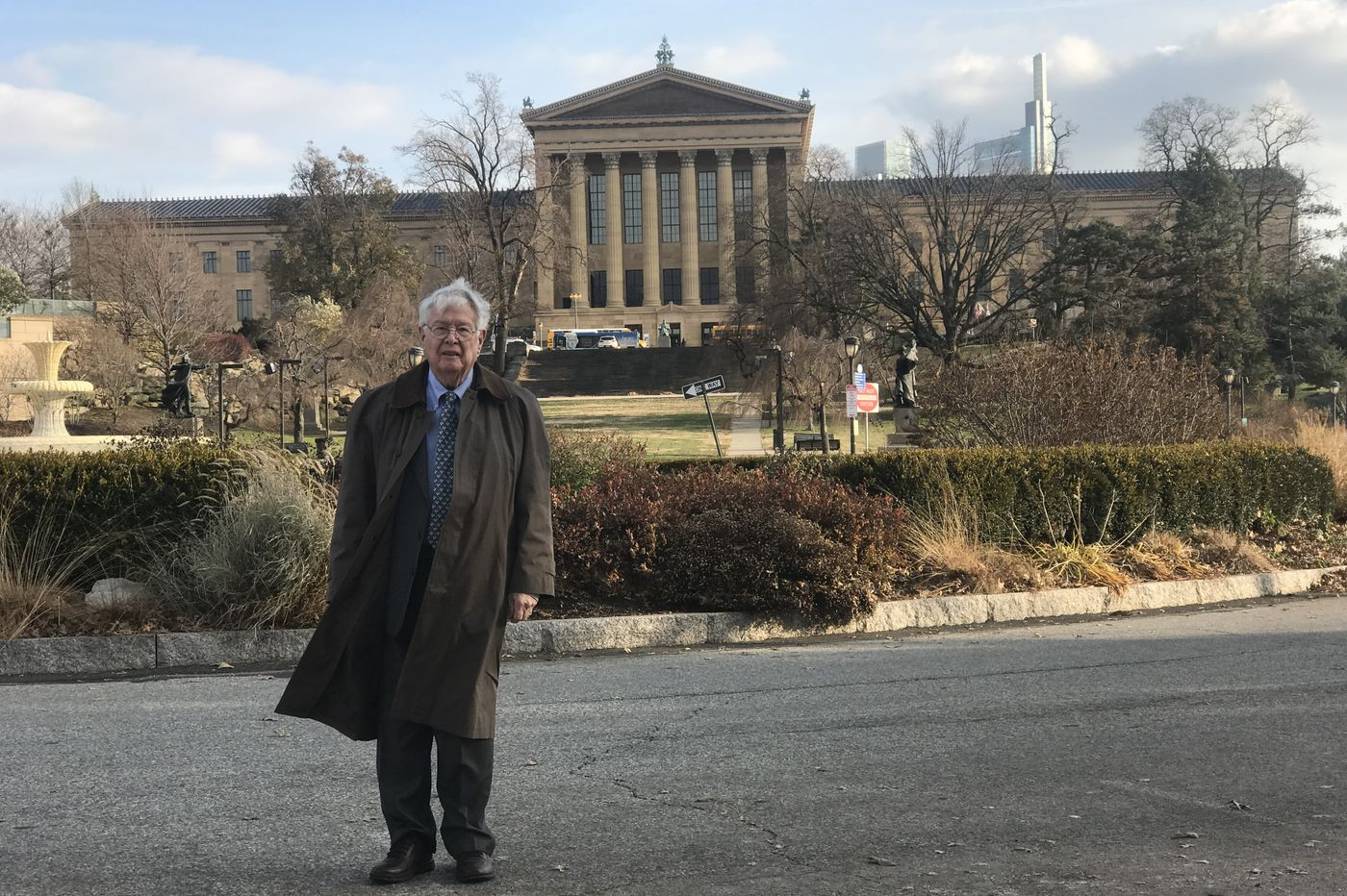 John J. Lombard Jr., lawyer and adviser to the Philadelphia Museum of Art, dies at 85