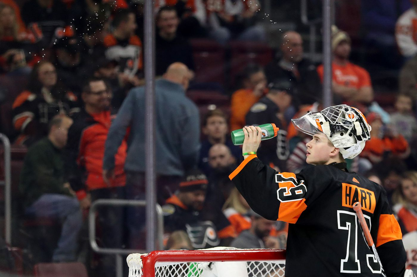 Carter Hart getting start for Flyers as Blues interim coach Craig Berube returns to face former team