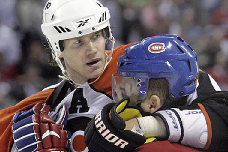 Chris Pronger and the Flyers have a 3-1 stranglehold on their series with the Canadiens.  (Yong Kim / Staff Photographer)