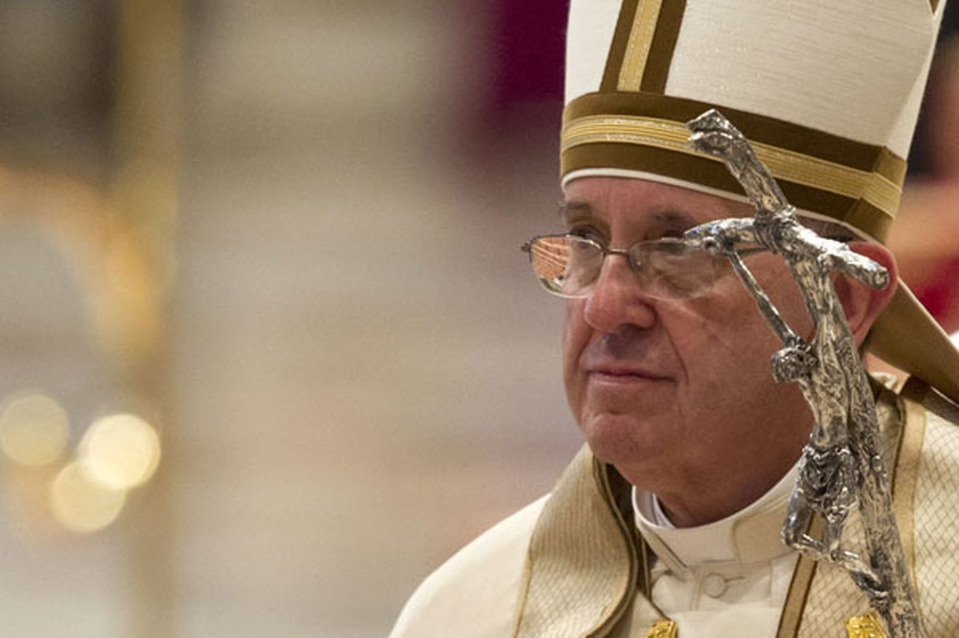 Ivereigh: 'Radical' Pope Francis aims to bring God's mercy to the marginalized