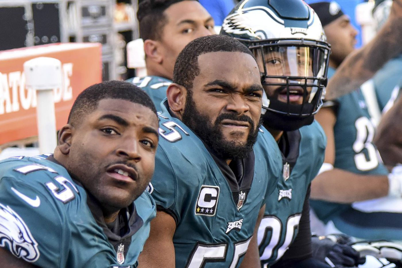 Eagles' pass rush needs to snap out of its funk before it's too late