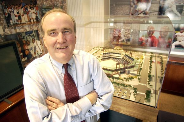 David Montgomery, Phillies chairman who oversaw Citizens Bank Park construction, 2008 World Series title, dies at 72