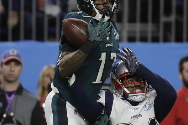 Eagles' Alshon Jeffery and Patriots' Stephon Gilmore: Friends who don't speak, rivals who don't taunt | Mike Sielski